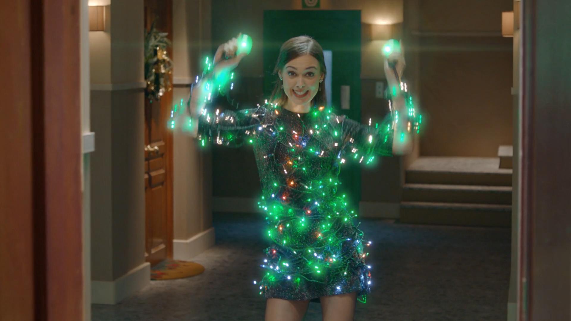 feliz-navidad-la-sexta-el-exilio-chica-bailando-luces-video-1920x1080.jpg